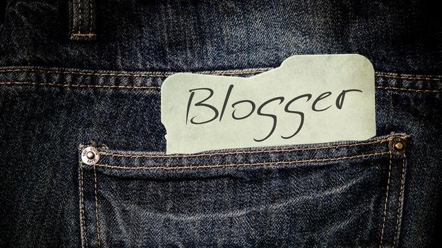 pants-jeans-list-paper