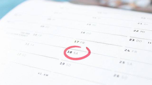 time-calendar-saturday-weekend-